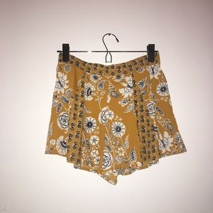 Urban Outfitters, Highly requested shorts